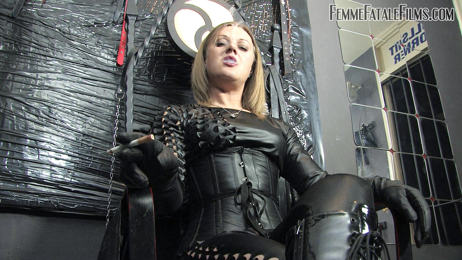 Free full femdom movie — photo 14