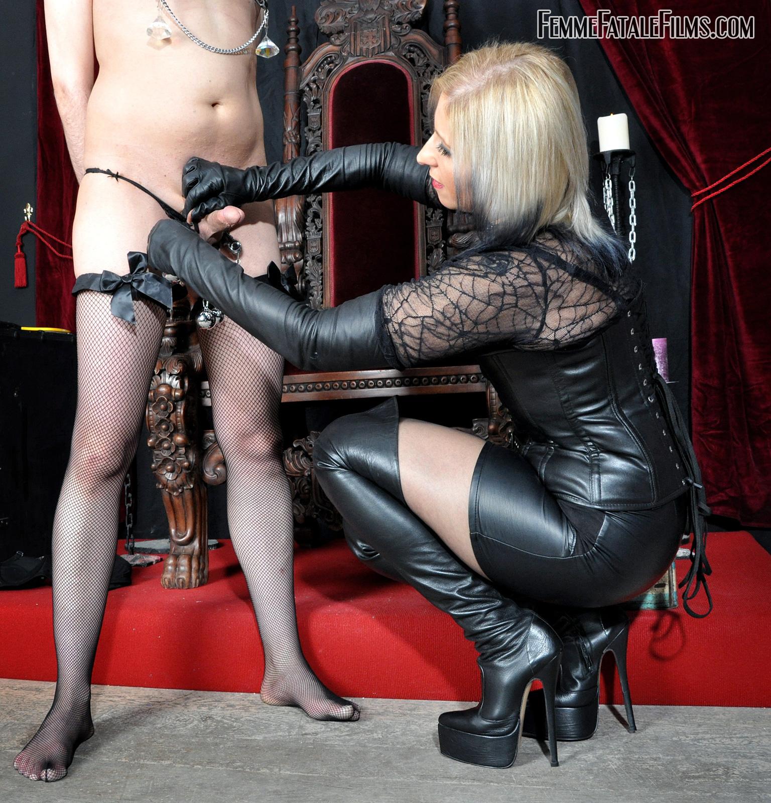 Mistress Eleise De Lacy In Scene