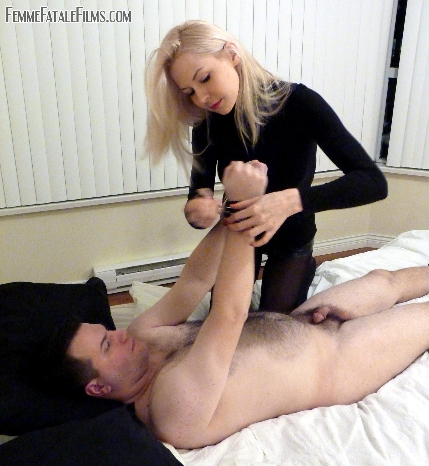 Xxx handcuffed pics, free handcuff porn galery, sexy hand cuff clips