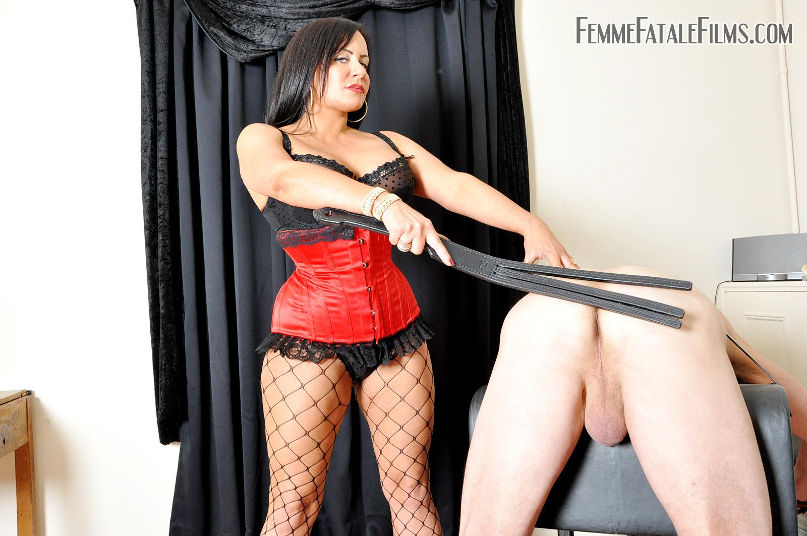 Strict femdom mistress