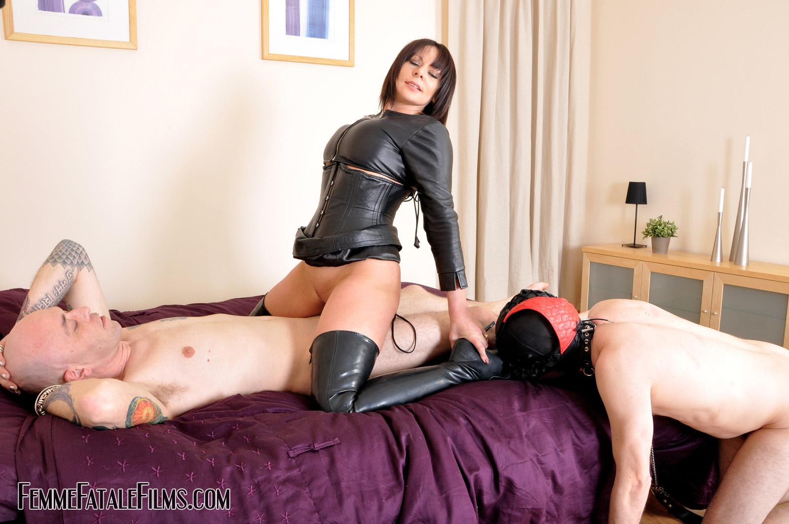Lesbian Femdom And Brutal Bdsm In Xxx Scenes