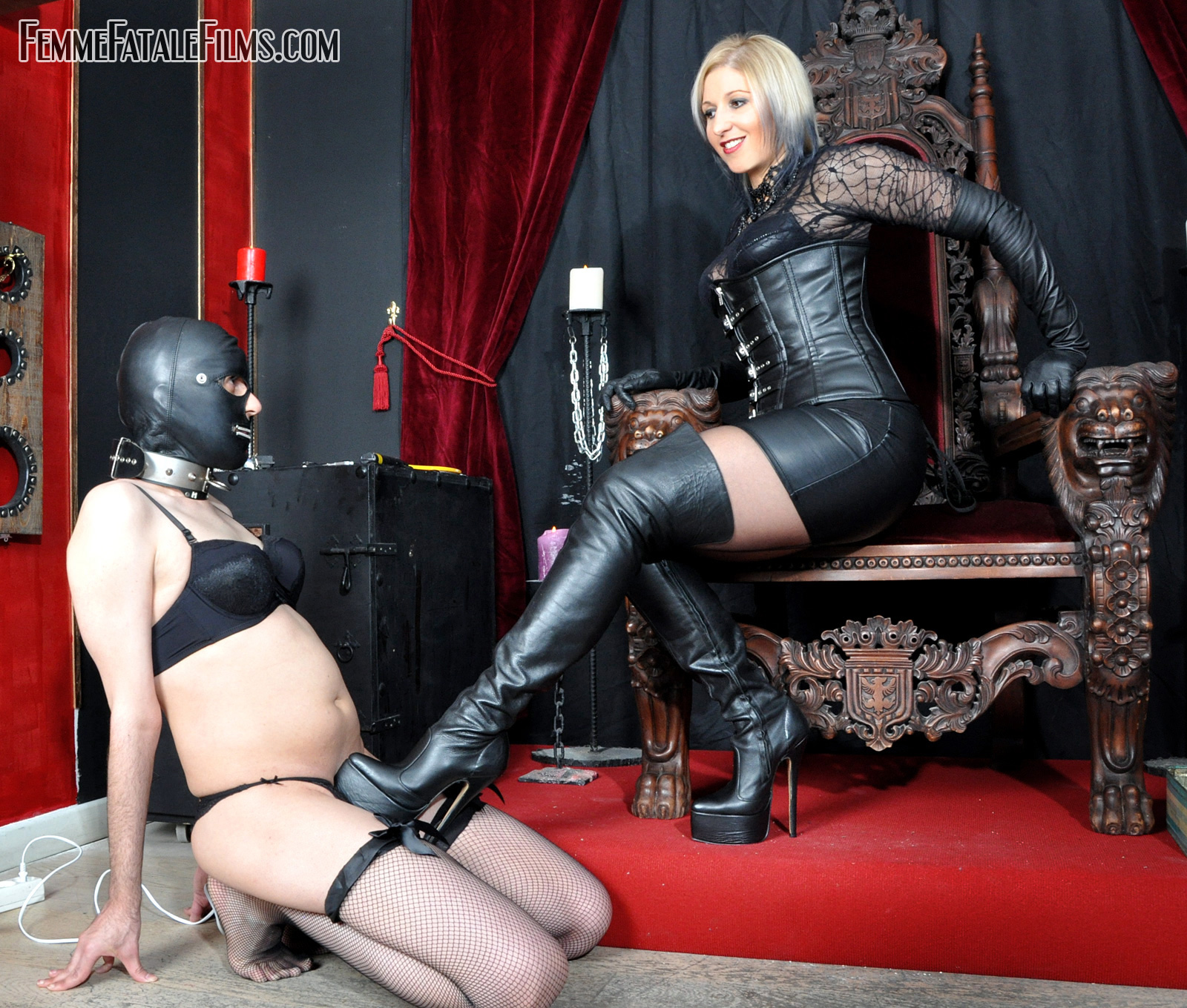 sample-movie-female-domination