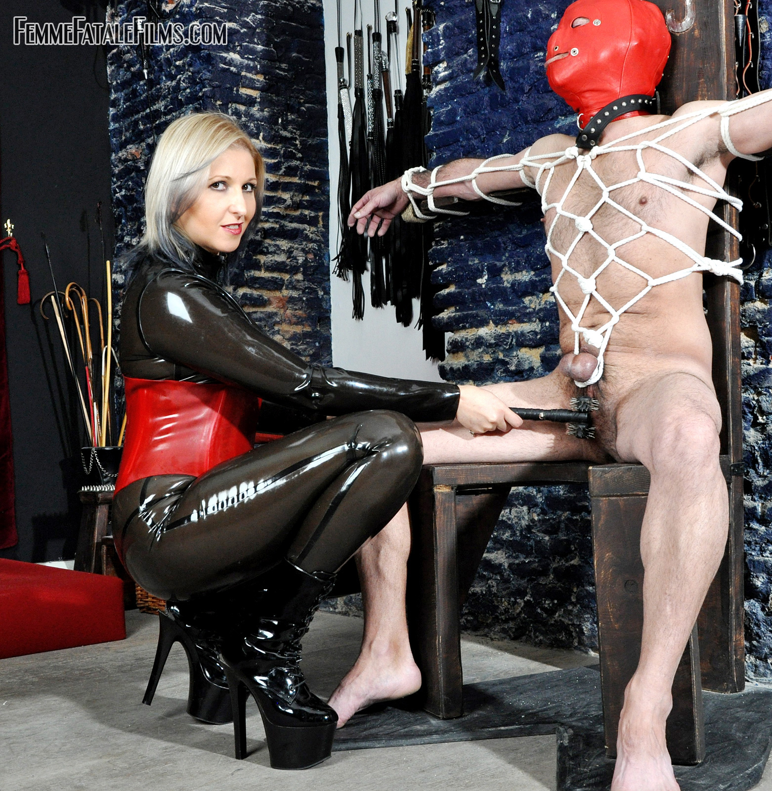 Young femdom galleries, tight braces raped