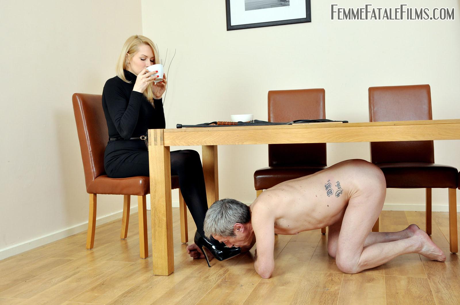Российская порно доминация в офисе